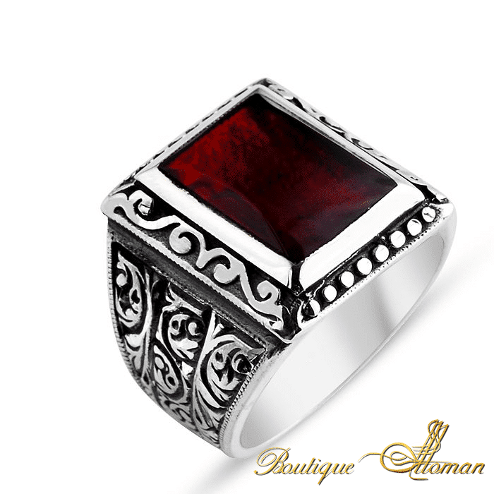 Silver Red Granite : Hand made silver man ring amber
