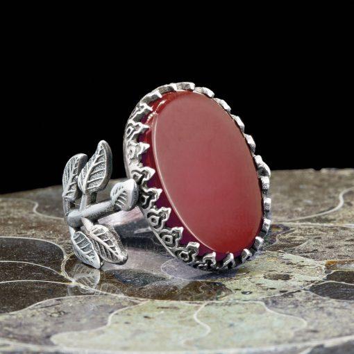 Red Aqeeq Hand Made Women Flower Ring