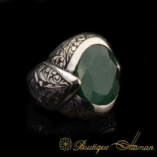 Hand-Engraver-Emerald-Ring-3068-4-7