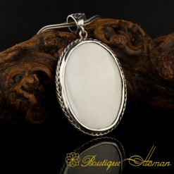 Mother Of Pearl Nacre Pendant