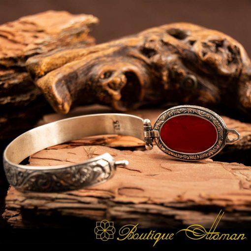 Red Yemeni Aqeeq Bracelet 2