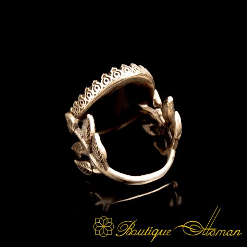 Black Aqeeq D Shape Hand Made Women Flower Ring